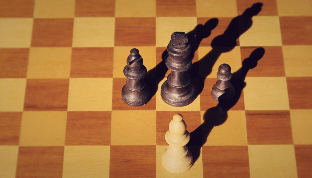 practical_advice_on_how_to_deal_with_multiple_opponents_how_to_behave